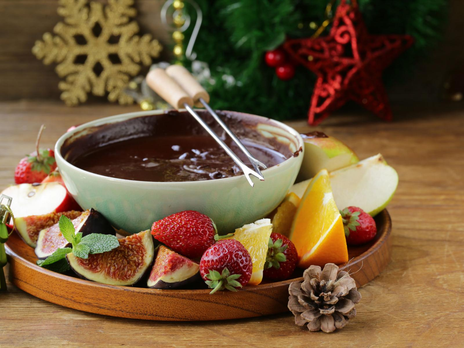 Christmas Eve Chocolate Fondue